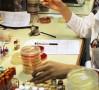 Oameni de știință spanioli au anunțat că au găsit o metodă de blocare a metastazelor cancerului (studiu)