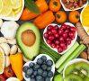 """Mai puţină carne, mai multe nuci – """"Dieta ideală"""" pentru sănătatea oamenilor şi a planetei"""